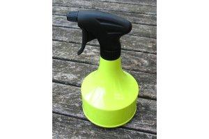 Plastová lahev s rozprašovačem 600ml